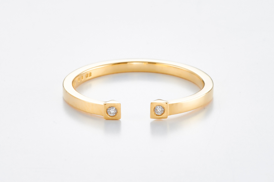 Present diamond cuff ring1